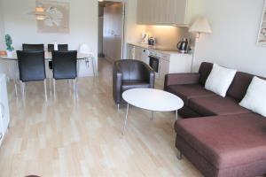 Apartment 120